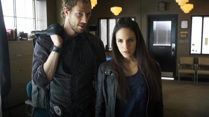 Lost Girl Anna Silk Ksenia Solo And Kris Holden Ried Interview 2012 The Tv Watchtower
