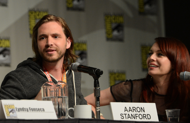 Aaron Stanford and Melinda Clarke © 2012 Warner Bros. Entertainment, Inc. All Rights Reserved.