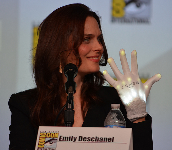 Emily Deschanel  (photo credit: Genevieve Collins)