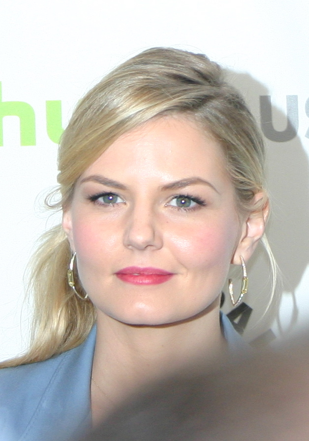 Jennifer Morrison  (photo credit: Jennifer Schadel)