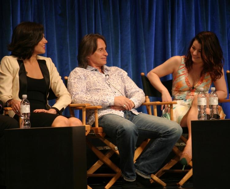 Lana Parrilla, Robert Carlyle and Emilie de Ravin  (photo credit: Jennifer Schadel)