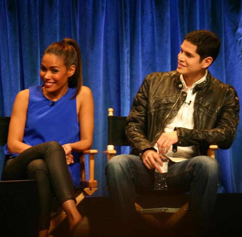 Daniella Alonso and JD Pardo (photo credit: Jennifer Schadel)