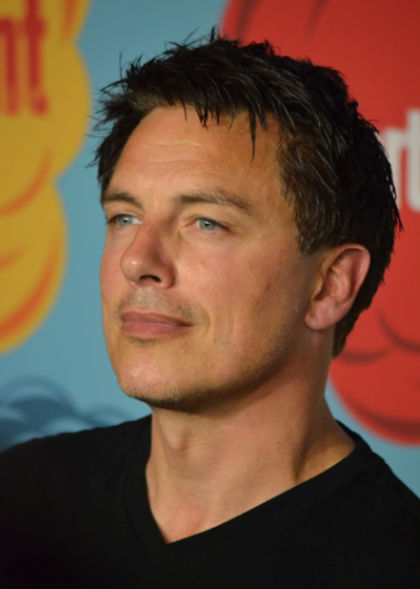 John Barrowman  (photo credit: Genevieve Collins)