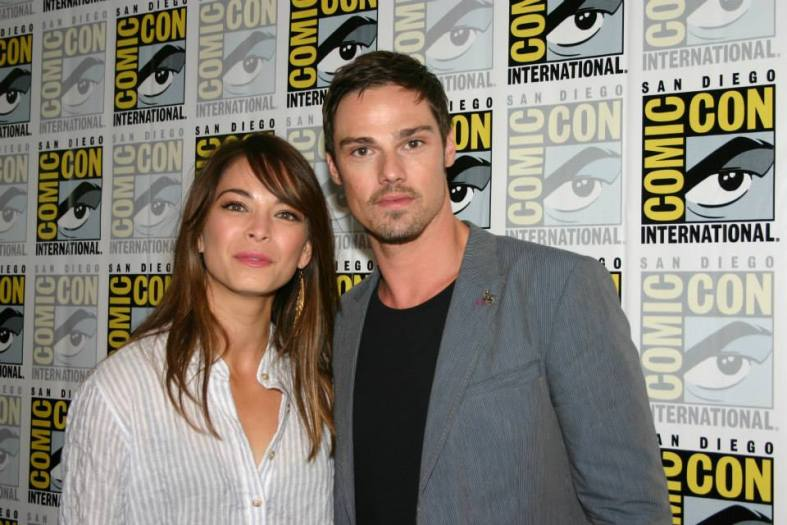 Kristin Kreuk and Jay Ryan (photo credit: Jennifer Schadel)