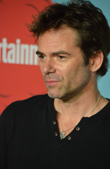 Billy Burke  (photo credit: Genevieve Collins)