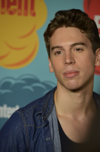Jordan Gavaris (photo credit: Genevieve Collins)