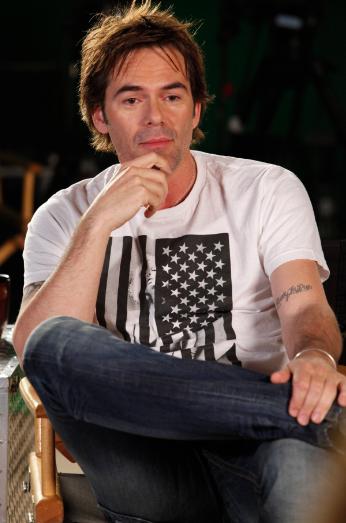 Billy Burke (photo credit: Chris Frawley/Warner Bros. International Inc.)