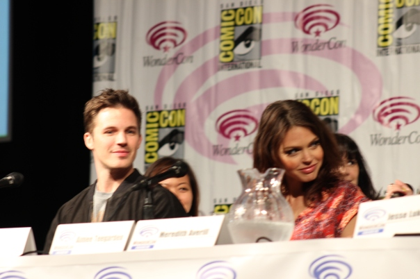 Matt Lanter and Aimee Teegarden  (photo credit: Jennifer Schadel)