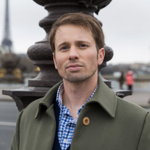 """Tyler Ritter in """"French Kiss"""""""